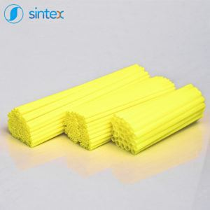 Żółte rurki plastikowe - producent Sintex